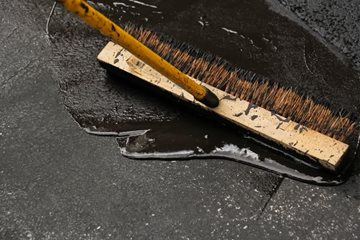 Sealcoating Can Extend the Life of Asphalt Driveways