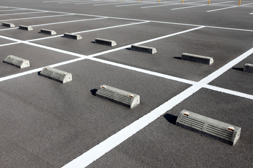 5 Reasons Why Recyclable Composite Parking Curbs Are a Better Choice