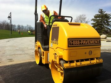 Why Warm Weather is the Ideal Time to Lay Asphalt