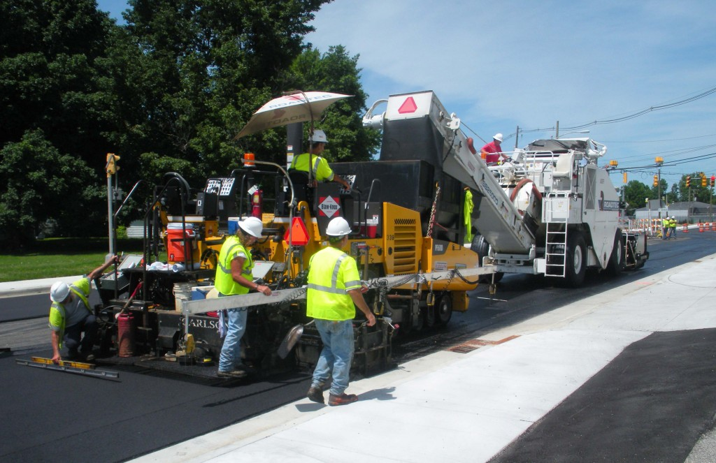 How to Choose the Right Commercial Paving Contractor in Your Area