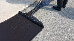 The Difference between Asphalt Sealing and Sand Slurry Sealcoating