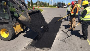 6 Warning Signs of Asphalt Paving and Sealcoating Scams