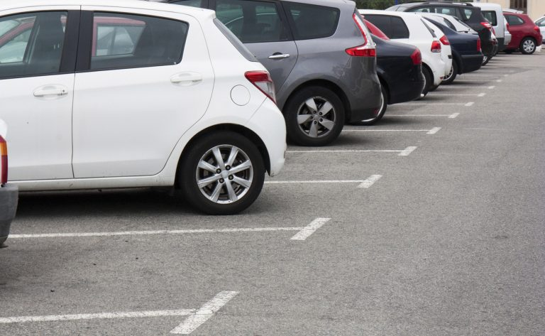 Why You Should Sealcoat Your Asphalt Parking Lot Before Winter